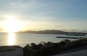 沖縄の海 サンセット 名護市の海が見えるホテルより